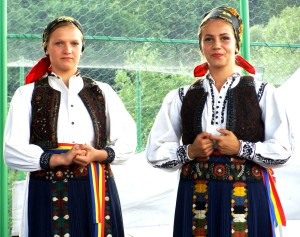 Traditionele kleding Tranisu